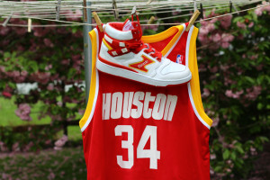 Hakeem Olajuwon Talks Return of Etonic