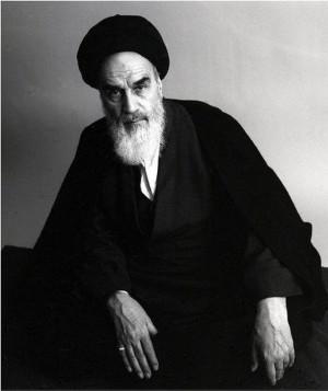 Description Roollah-khomeini.jpg