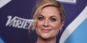 AMY-POEHLER-facebook.jpg