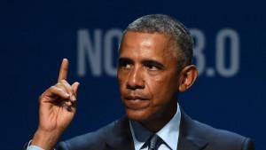 US President Barack Obama delivers the keynote address at the National ...