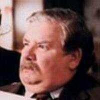 Vernon Dursley: Richard Griffiths