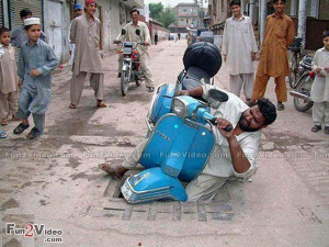 funny-accident-picture-india