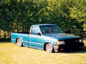 Custom 1993 Mazda B2200 Mini Truck