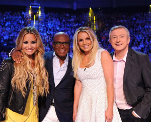 ... -spears-and-demi-lovato-surprise-l-a-reid-cake-song-birthday01.jpg