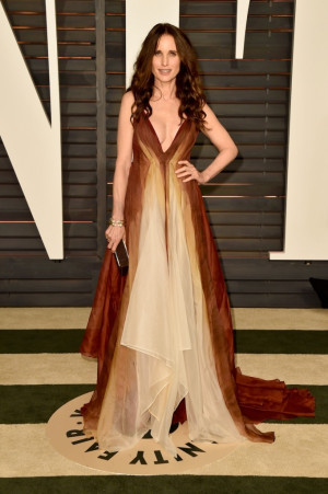2015 Vanity Fair Oscar Party Hosted By Graydon Carter Arrivals