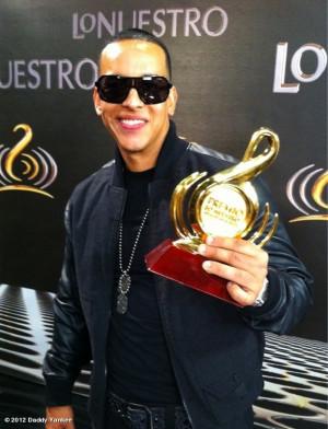 Daddy Yankee's photo: Gracias a todos por el apoyo a #VENCONMIGO