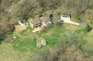 Country singer Keith Urban is a proud owner of a $2.5 million lavish ...