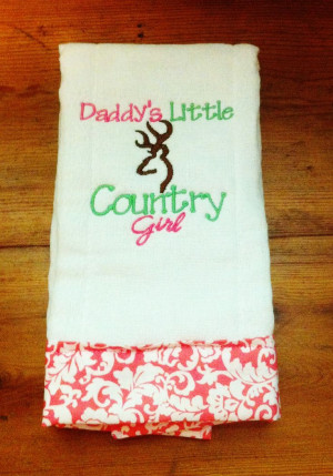 Daddy's Little Country Girl Burp Cloth – Cute Baby Girl Gift