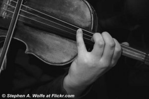 Violin-And-Hand-Of-The-Violinist-Black-And-White.jpg