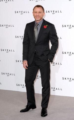 asuitthatfits.comDaniel Craig dinner suit - A Suit That Fits