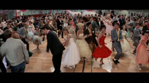 Grease-grease-the-movie-16060922-853-480.jpg