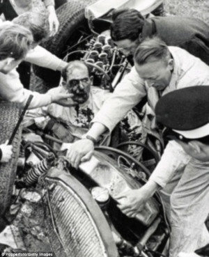 Former racing driver, Sir Stirling Moss, 82, relives the horrific ...