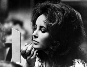 Elizabeth Taylor in Zee and Co., 1972