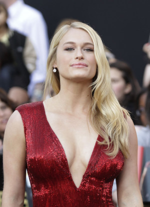 Leven Rambin Hot The Hunger...