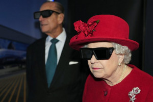 The Queen and the Duke of Edinburgh wear 3D glasses to watch a display ...