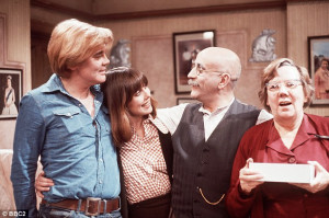 Warren Mitchell as Alf Garnett satirised prejudice in 'Till Death Do ...