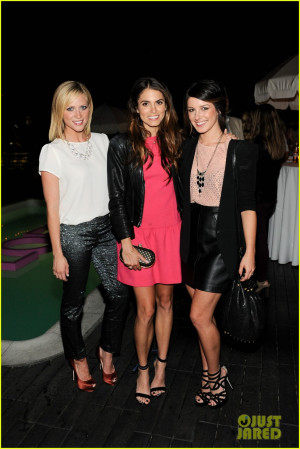 Thread: Nikki Reed & Shenae Grimes @ Pink Ladies Fight Breast Cancer!