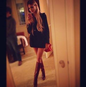 31 Times Eiza Gonzalez took a HOT Selfie 1