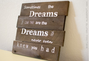 Stenciled Quote on Recycled Pallet