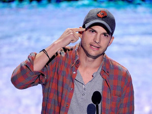 Ashton Kutcher Reveals Real Name, Gives Surprisingly Insightful Speech ...