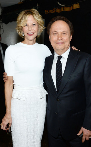Meg Ryan and Billy Crystal Reunite 25 Years After When Harry Met Sally ...