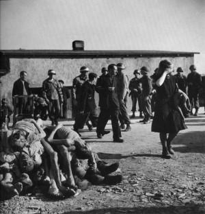 Margaret Bourke-White: Buchenwald , 1945