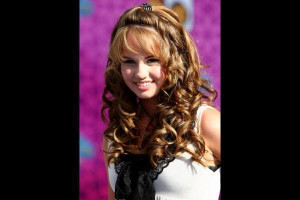 Debby Ryan Picture Slideshow