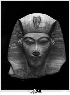 Akhenaton e Smenkharé... )