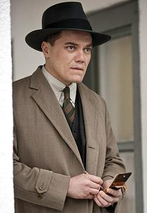 Michael Shannon Boardwalk