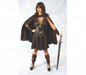 Statue Viking Woman Warrior...