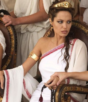 Angelina Jolie to play Princess Cleopatra role in her last film