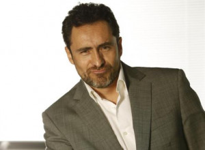 Demian Bichir disappears into Oscar-worthy role