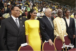 ... : Romney Not Ready for 'Prime Time'-colin-powell-louis-farrakhan.png