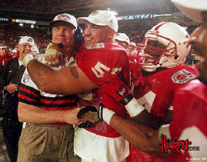 Coach Tom Osborne led the Huskers to national titles in 1994, 1995 ...