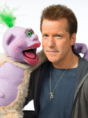 Comedian, ventriloquist Jeff Dunham coming to Oxford