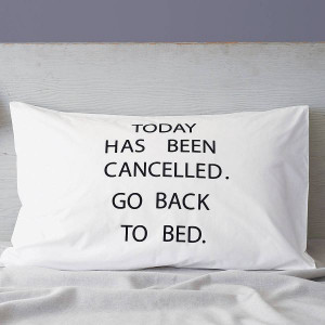Who wouldn't like to spend a little more time in bed after they wake ...