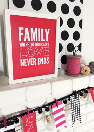 Free Printable Family Love Frameable Quote via @PagingSupermom