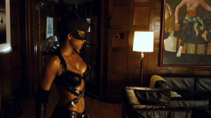 Catwoman Halle Berry...