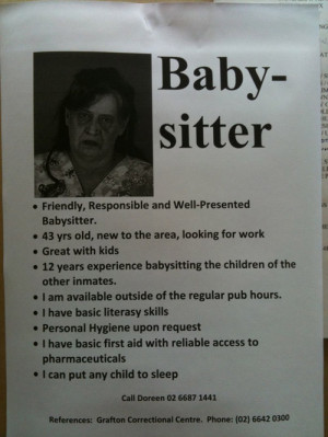 Quand l'affichette de la baby-sitter fait un peu peur