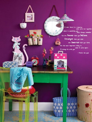 Purple Violet Spring Green Accents