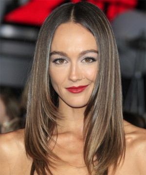 Sharni Vinson Hairstyle picture