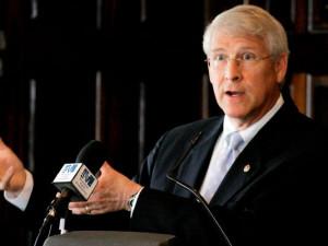 Sen. Roger Wicker, R-Miss., answers questions in Jackson, Miss., in ...