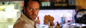sullivan stapletonu 300 battle of artemisia to star sullivan stapleton
