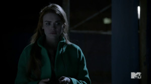File:Teen Wolf Season 3 Episode 3 Fireflies Holland Roden Lydia Martin ...