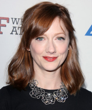 Judy Greer Hairstyle Casual