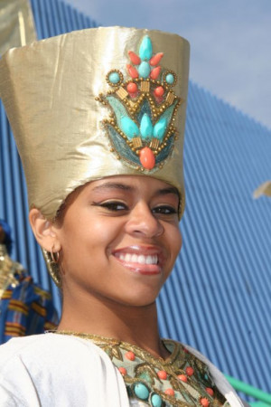 african queen nefertiti