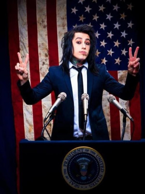 ... Falling In Reverse frontman Ronnie Radke was working out some comedy