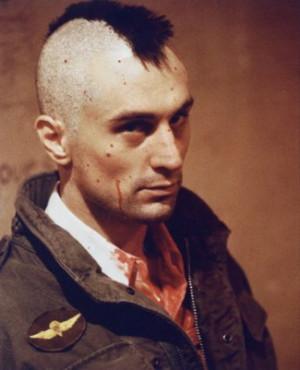 1976 : Robert DeNiro ( Taxi Driver ) succumbs to the late Peter ...