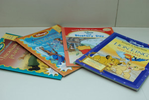 ... Malay story books.. Daddy loves reading them to me!! Love you Daddy