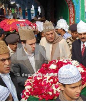 farooq abdullah daughters Kashmir- Omar Abdullah with